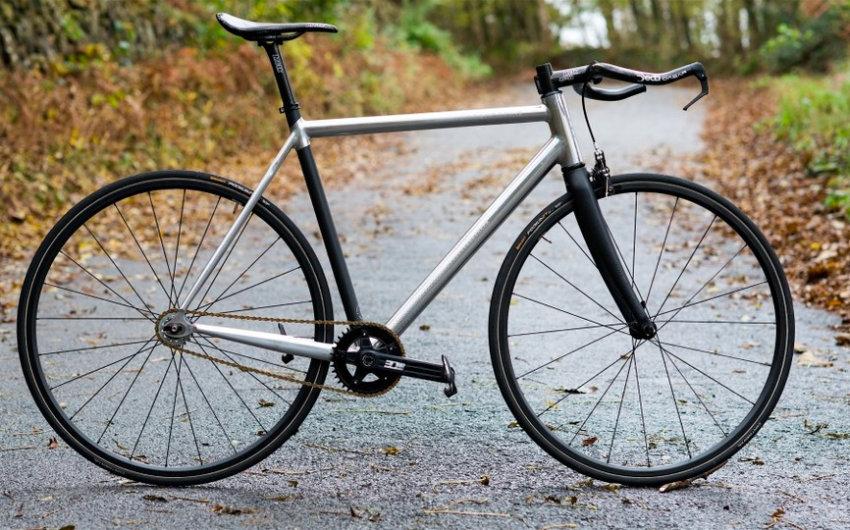 The Best Road Bikes Under 2000